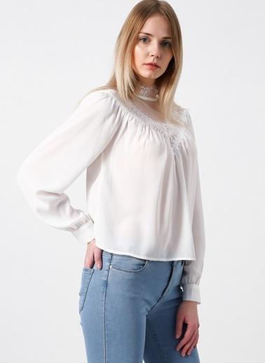 Only Dantel Detaylı Bluz Beyaz